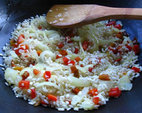 Peste cu orez si ciuperci