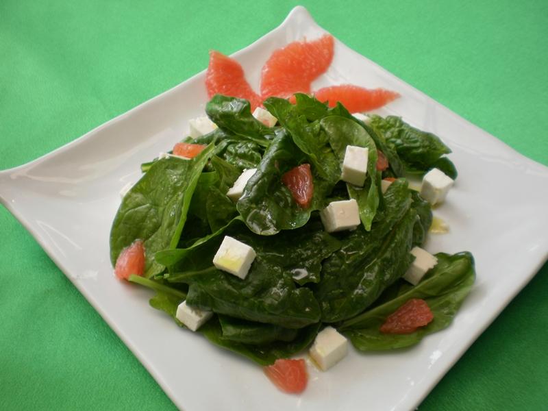 Salata de spanac cu grapefruit