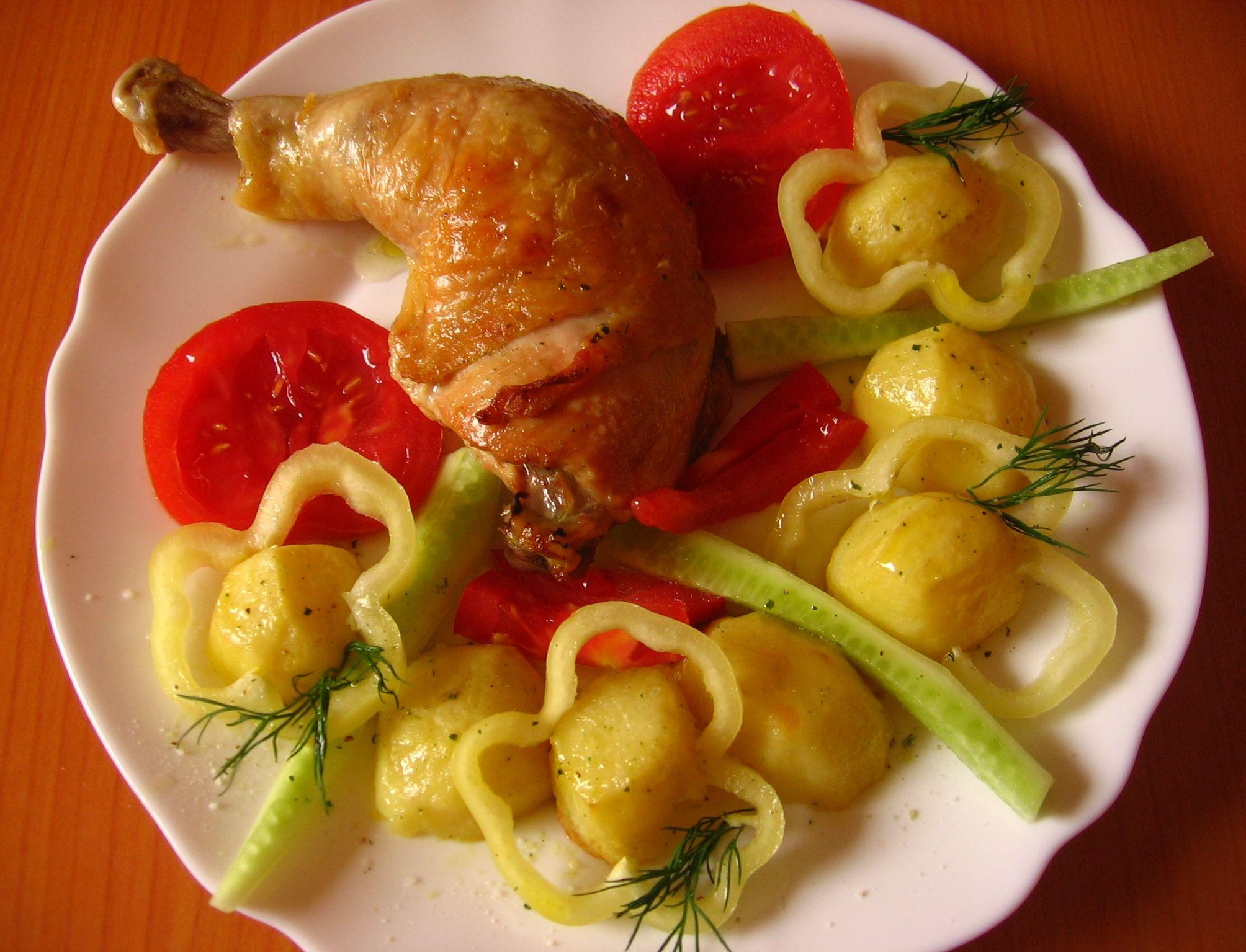 Pulpe de pui cu legume