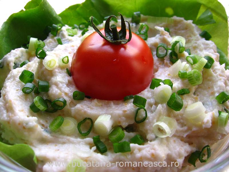Salata de icre cu ceapa verde