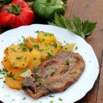 Ceafa de porc cu ceapa si cartofi