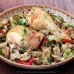 Pulpe de pui cu ciuperci si legume