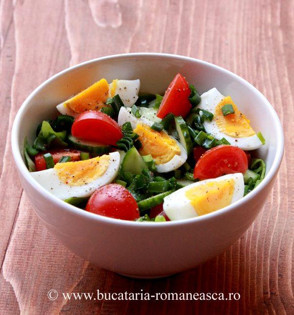 Salata cu legume si ou