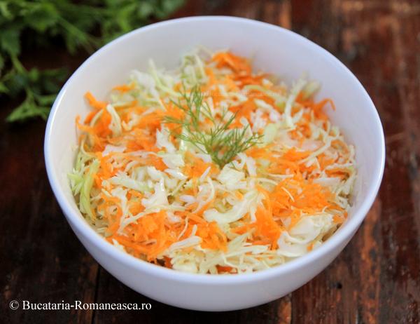 Salata de varza cu morcov