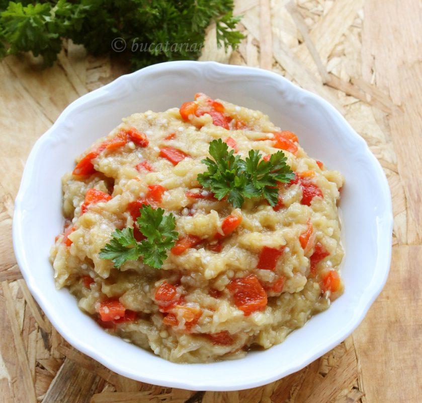 Salata de vinete cu ardei copt